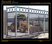 CUSTOM IRON FENCE WITH CIRCLE DESIGN